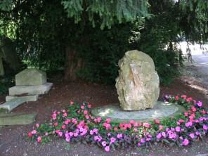 new-southgate-crematorium-and-cemetery_2875980689_o