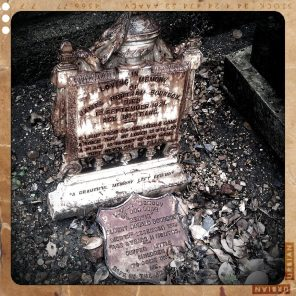 walthamstow-cemetery-queens-road_6072925737_o