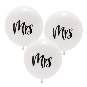 "17"" White ""Mrs"" Wedding Balloons"