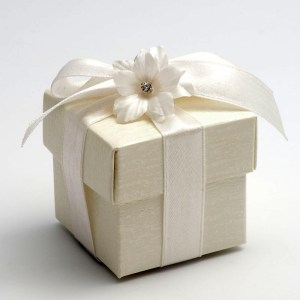 Ardesia Ivory Square Favour Box with Lid