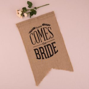 Burlap 'Here Comes The Bride' Black Sign