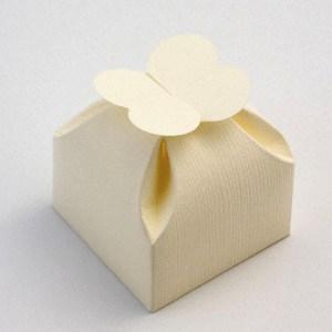 Ivory Silk Petal Top Favour Box