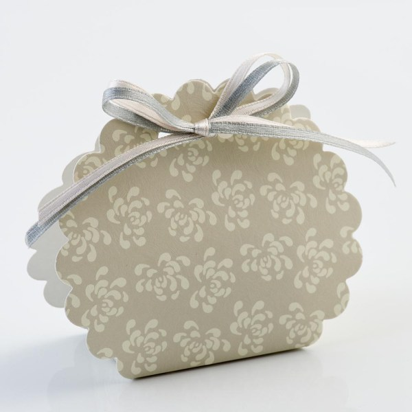 Pearl Grey Vintage Pattern Scalloped Edge Favour Box