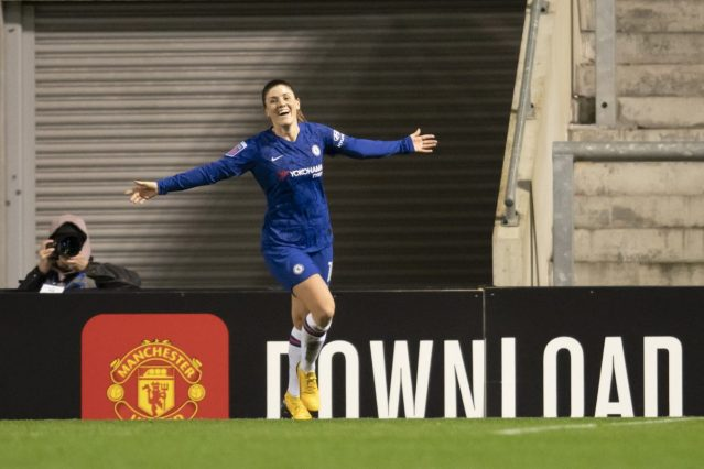 Chelsea seal Conti Cup final place at Manchester United's expense