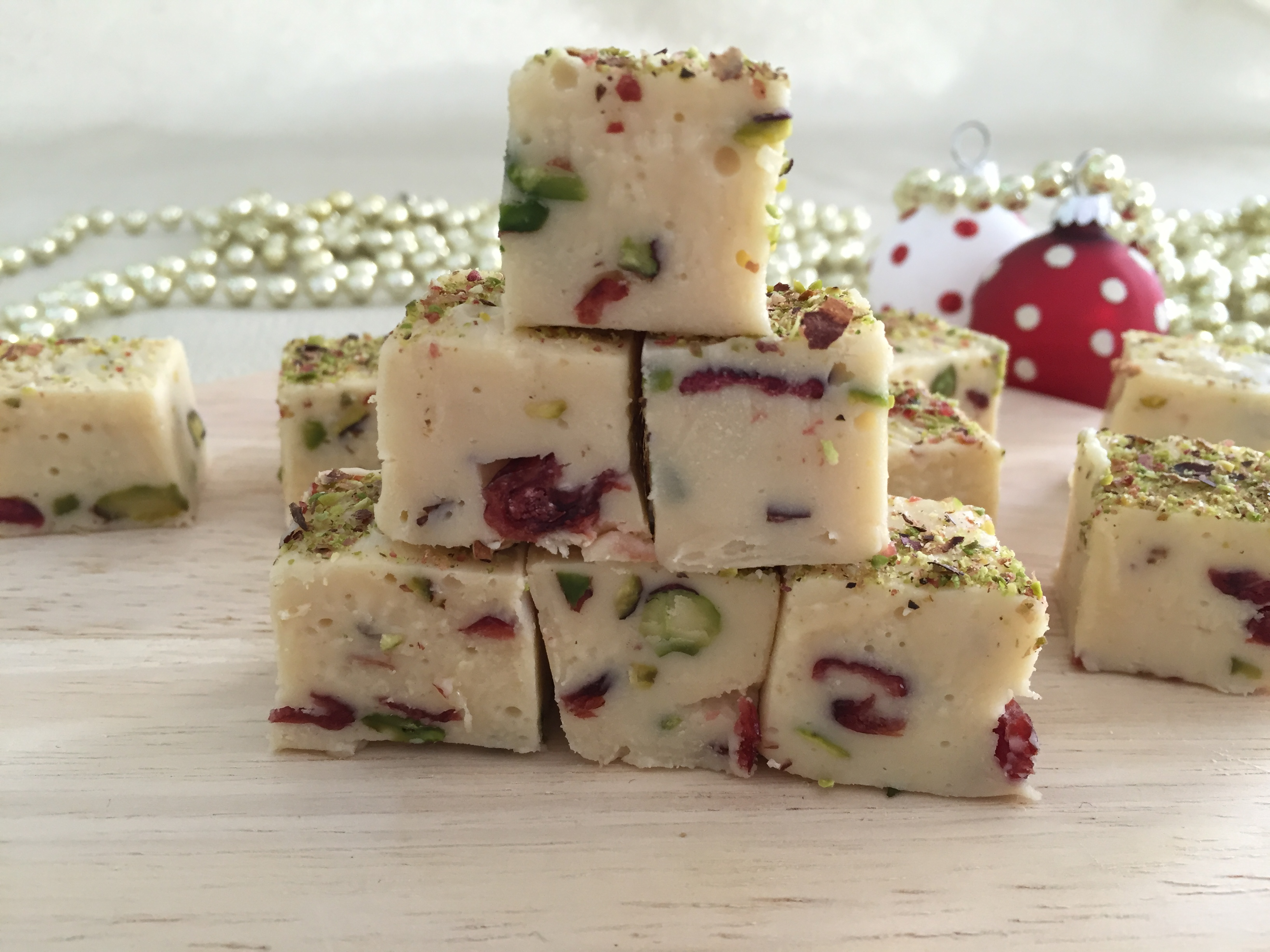White Chocolate & Pistachio Fudge Recipe For Your Thermomixer