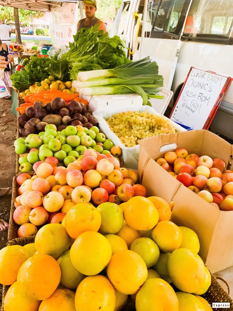 Fresh fruit and vegetables Market Stand