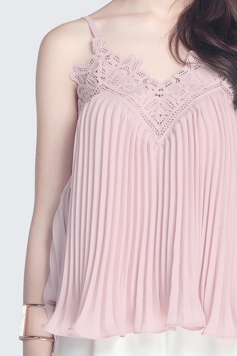 Fayth  Florenza Pleated Top