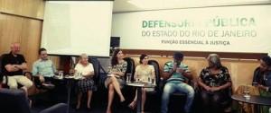 Lançamento do livro na Defensoria Pública do Estado do Rio de Janeiro com debate envolvendo defensores públicos e moradores de comunidades. Foto: Arquivo do entrevistado.