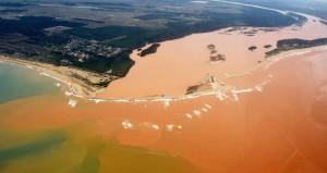 Desastre de Mariana: Tsunami de rejeitos chegou até o litoral do Espírito Santo. FRED LOUREIRO / SECOM ES FOTOS PÚBLICAS