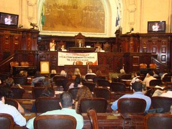 Cerca de 150 pessoas estavam presentes. Todos os palestrantes ressaltaram a necessidade de mais participação da sociedade. Foto: Rafael Duarte/APN.