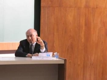 """""""...nossa capacidade diplomática, sobretudo no continente, está comprovada"""", afirmou Gelson Fonseca, diplomata brasileiro. Foto: UNIC-Rio."""