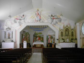 Interior da igreja na praça central de Brotas de Macaúbas. Foto: Eduardo Sá.
