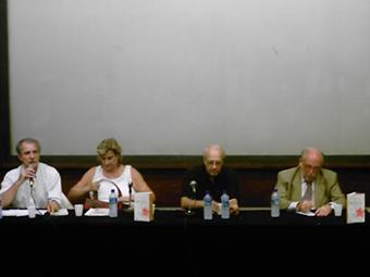 Da esquerda para a direita: Gaudêncio Frigotto, Lia Faria, Emir Sader e Marco Aurélio Garcia. Foto: Eduardo Sá/Fazendo Media.