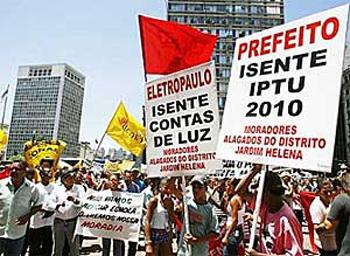 vermelho_protesto
