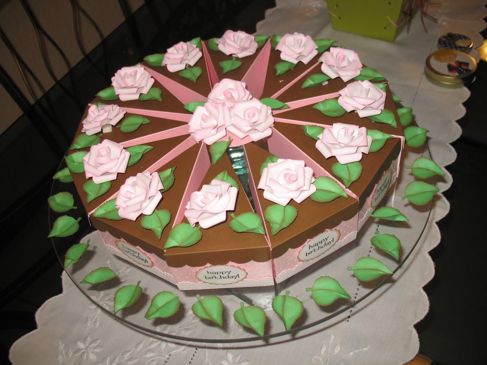 bolo-PA-007 Fatias decorativas de bolo falso com tampa ondulada - Bolo Fake de papel