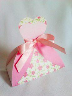 Lembrancinha-Vestido-caixa-para-festa-noiva-09 Moldes de Caixinhas Vestido - Princesas, Fadas, Noivas e Debutantes