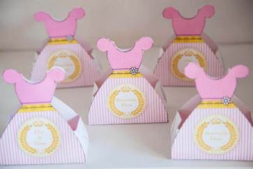 Lembrancinha-Vestido-caixa-para-festa-princesa-03-1 Moldes de Caixinhas Vestido - Princesas, Fadas, Noivas e Debutantes
