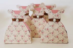 Lembrancinha-Vestido-caixa-para-festa-princesa-05 Moldes de Caixinhas Vestido - Princesas, Fadas, Noivas e Debutantes