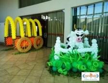 Balões-tema-festa-fazendinha-06 Idéias para festa Infantil com tema Fazendinha para meninos e meninas