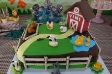 Bolo-festa-infantil-fazendinha-0509 Idéias para festa Infantil com tema Fazendinha para meninos e meninas