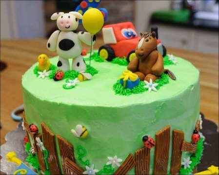 Bolo-festa-infantil-fazendinha-19 Idéias para festa Infantil com tema Fazendinha para meninos e meninas