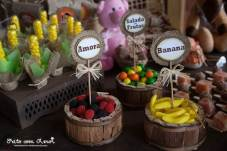 Doces-aniversário-infantil-tema-Fazendinha-Country-São-João-82 Idéias para festa Infantil com tema Fazendinha para meninos e meninas