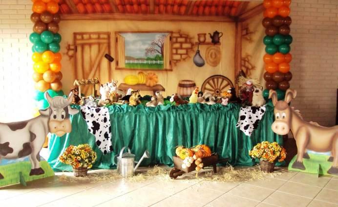 aniverssário-infantil-decoração-tema-festa-fazendinha-01 Idéias para festa Infantil com tema Fazendinha para meninos e meninas