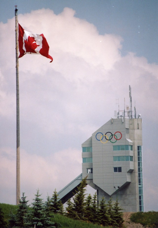 Canada_olympic_park_90m_ski_jump_flag_summer_2005