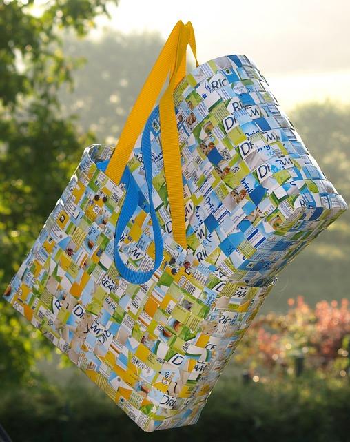 Cara Membuat Tas Dari Barang Bekas Beserta Gambarnya : membuat, barang, bekas, beserta, gambarnya, Membuat, Bahan, Bekas, Plastik