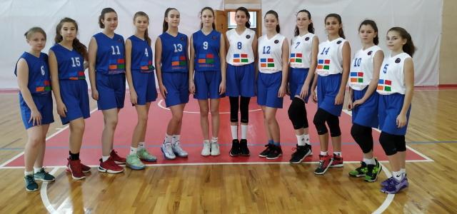 Команда ДЮСШ №3 участвует в Полуфинальном этапе (1 раунд) Первенства России среди девочек 2008 г.р.