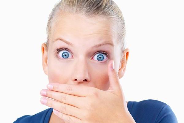 Плохо пахнет изо. Причины и способы лечения неприятного запаха изо рта