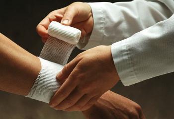 На руках появляются порезы без причины. Порезы на теле. Подготовка рук, ротовой полости, кожи    От чего появляются порезы на коже
