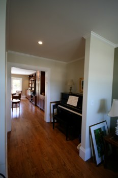 Piano nook can be turned into a closet