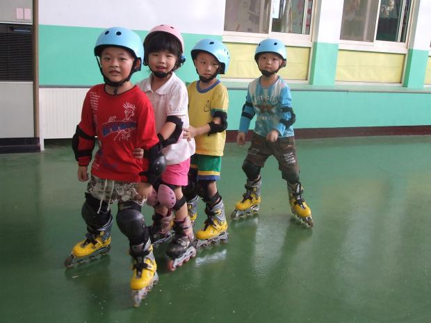 臺中市巧雅幼兒園   飛行寶貝專業體適能教育中心