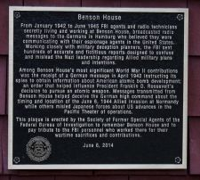 Plaque on house donated by Society of Former Special Agents of the FBI