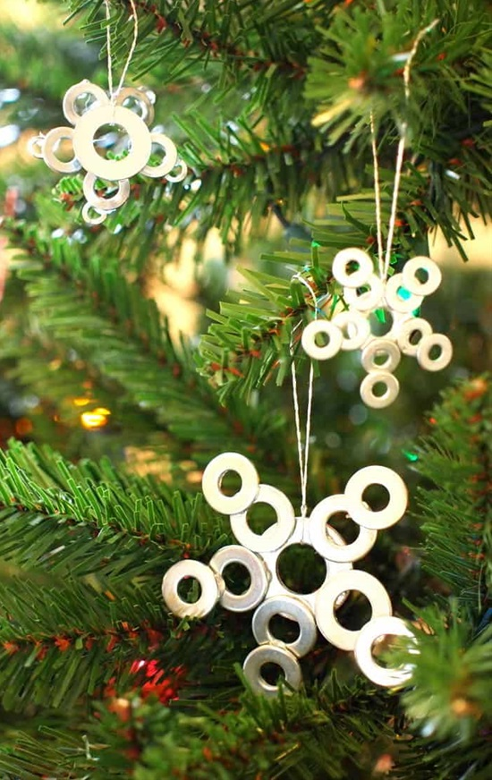 30 Creative and Easy Handmade Christmas Ornaments That You Can Craft Yourself