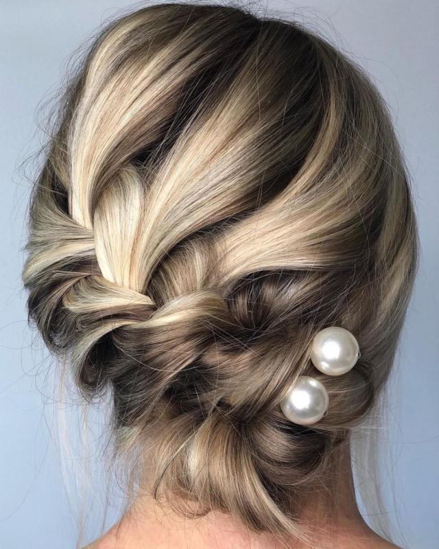 26 Hairstyles for Bridesmaids of All Hair Types