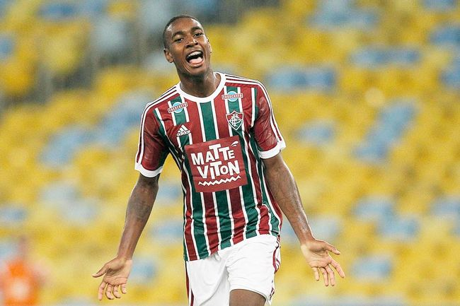 Gerson set to join Barca