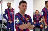 The FC Barcelona players have official photographs taken with the new strip