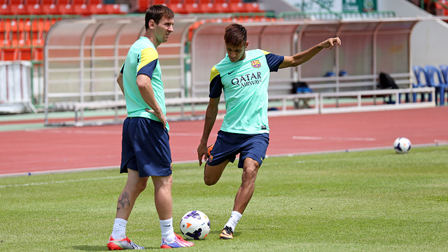 Barcelona star joins Lionel Messi & Neymar's gang