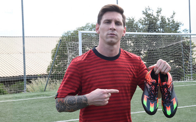 Adidas confirm that Messi will play in the Clasico