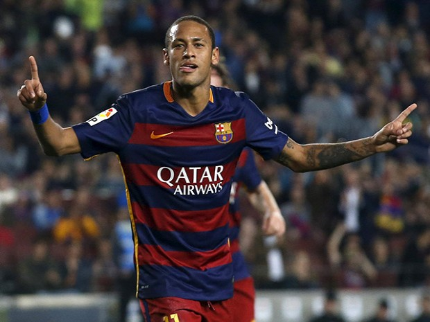 Neymar scores incredible goal