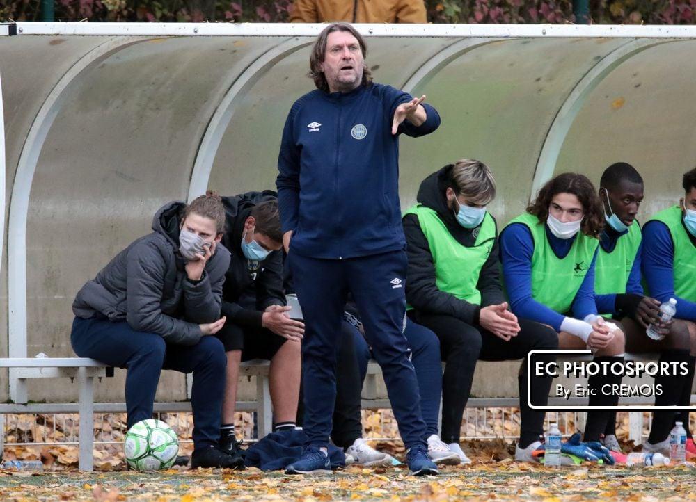 """Christophe Languille ( coach U19 ) : """"Certains jeunes ayant joué en L2 ne peuvent plus s'entrainer !"""""""