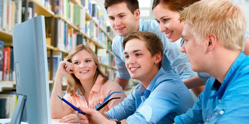 Resultado de imagen para jovenes estudiantes