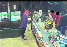 091616majestic711robbery2