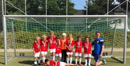 Entfesselte F2-Junioren mit Turniersieg