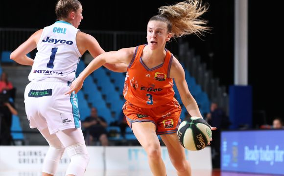 STEPH REID RE-SIGNS WITH TOWNSVILLE FIRE