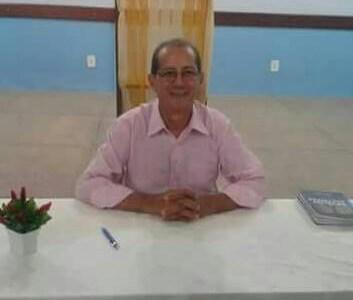 O escritor Francisco Viegas lançará seu 3º livro no dia 30 de março em Peri-Mirim