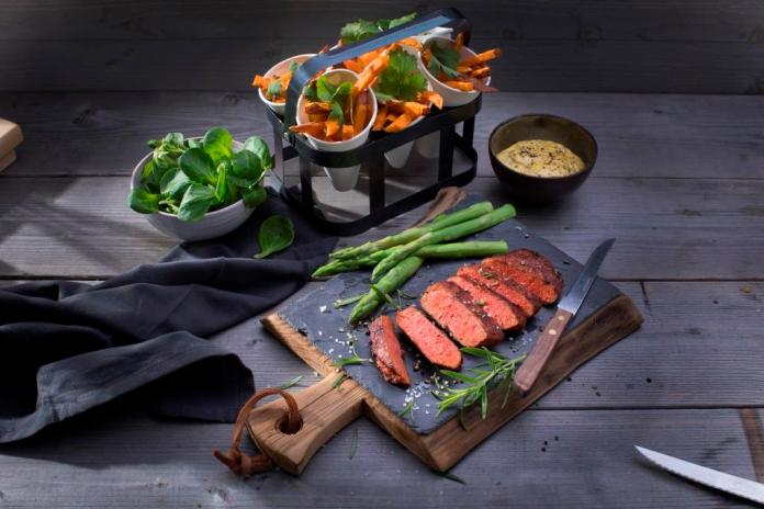 Vivera launches 'world's first' 100% plant-based steak