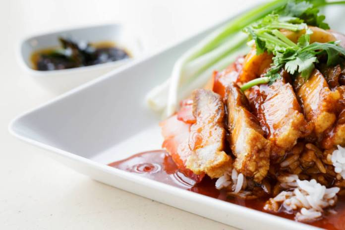 Calorific meals in restaurants prompt mandatory labelling calls